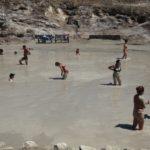 ボン、ブルカーノ島で泥パック初体験!