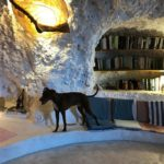 オレ、洞窟に泊まったよ!