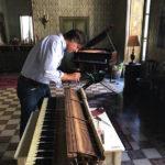 聖サンタ・ロザリア祭に向けて…ピアノの調律から